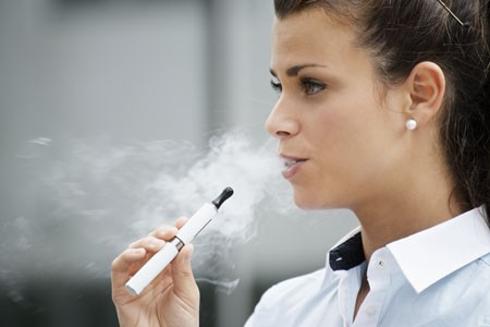 e-cigarettes cause cell damage